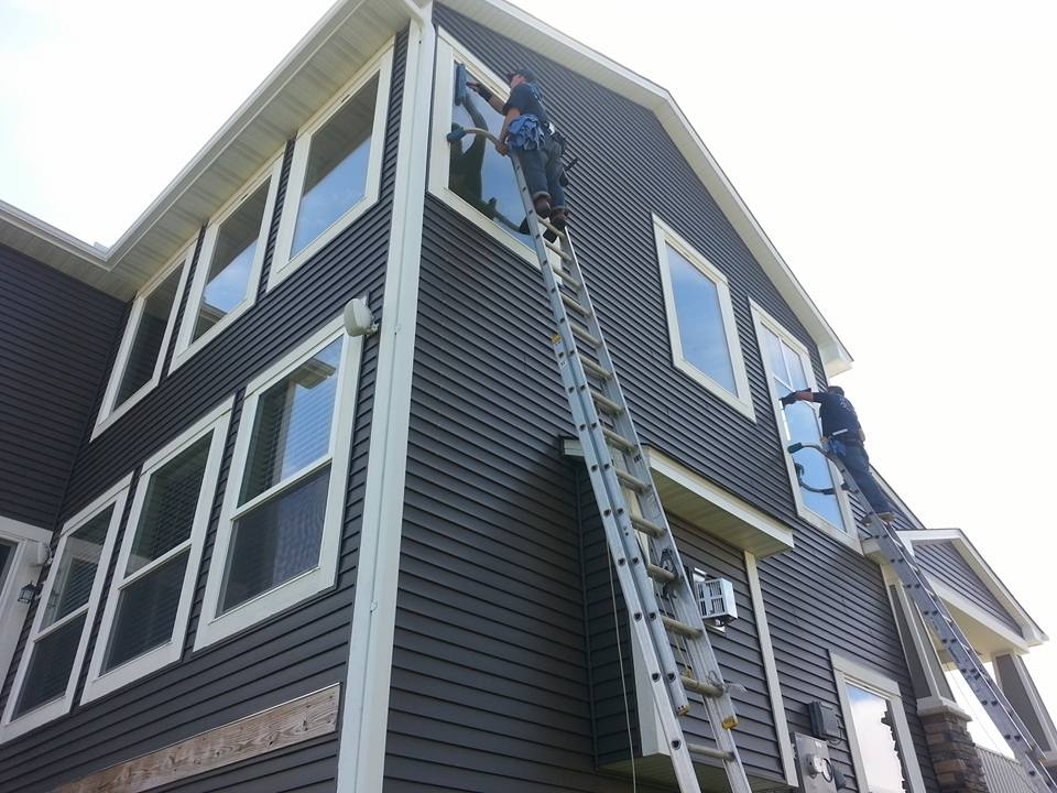 Blaine MN Window Washing